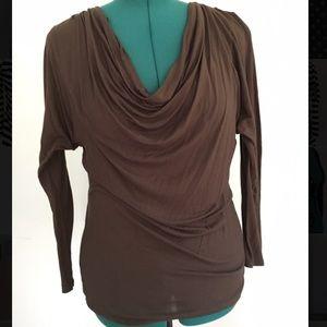Long sleeve scoop neck blouse